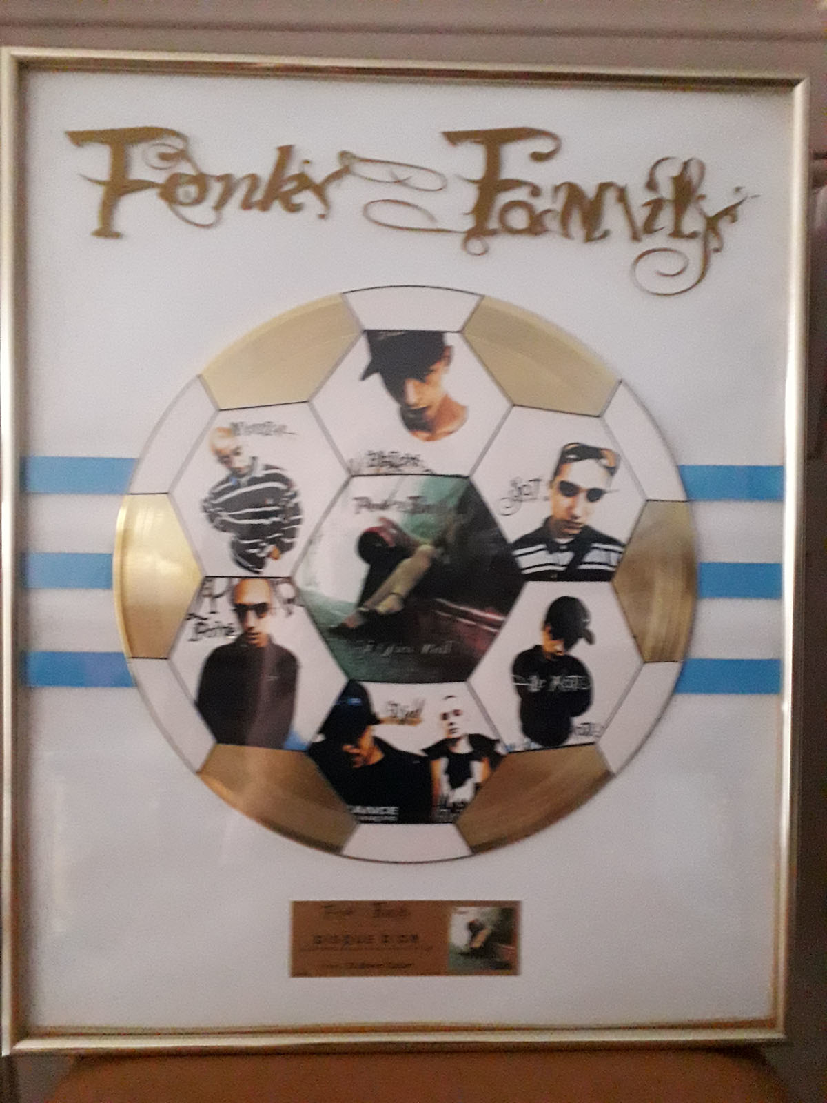 Disque d'or FONKY FAMILY MAXI