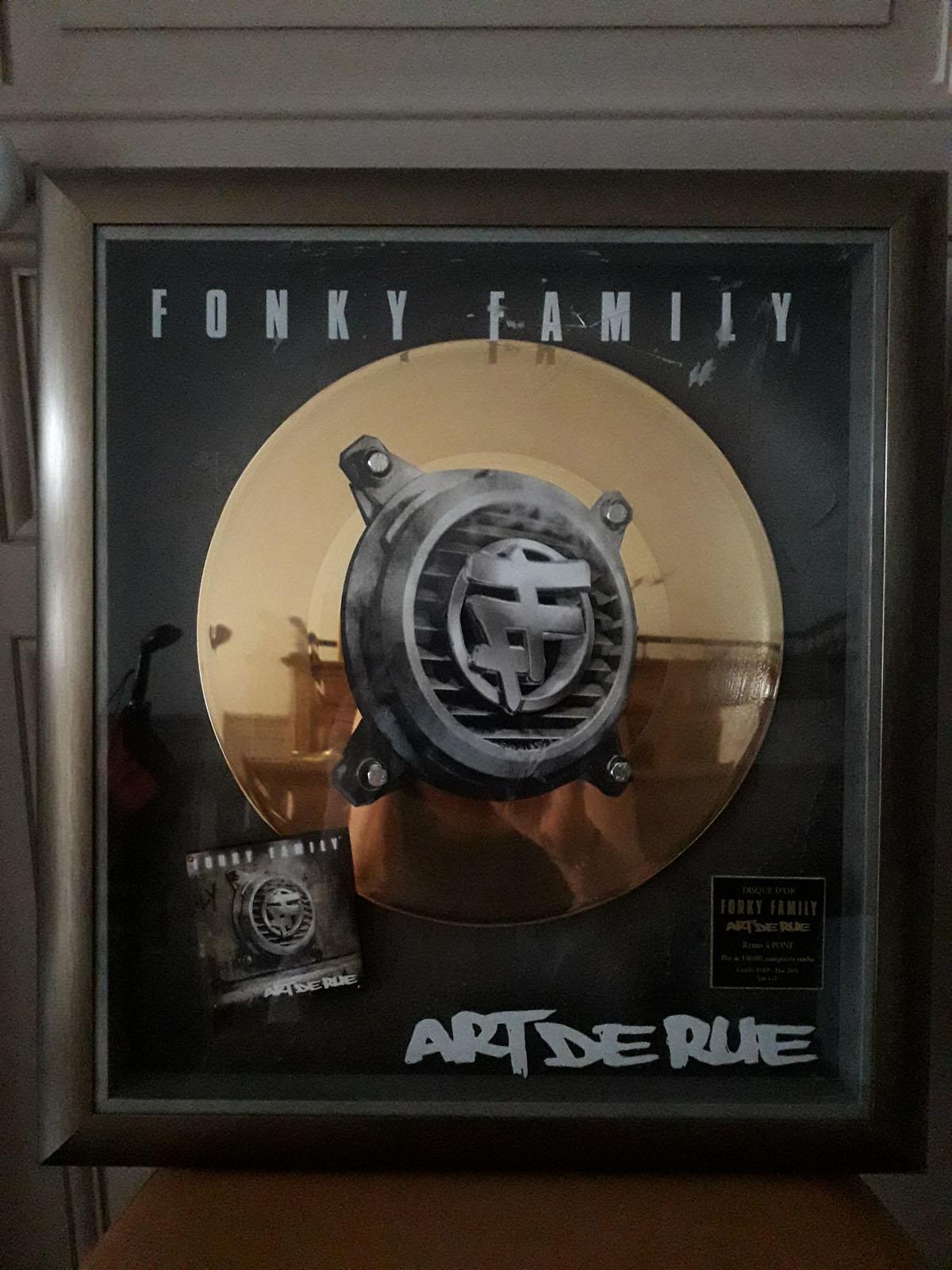 Disque d'or FONKY FAMILY ART DE RUE